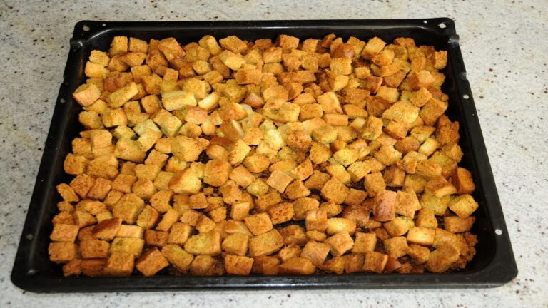 Рецепт домашних сухариков в духовке
