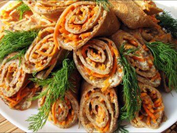 Блинные рулетики с начинкой из мяса и овощей