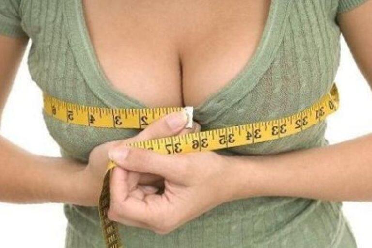 До скольки лет у девушек растет грудь